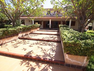 Villa Rosa de los vientos, 6  dormitorios