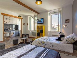 Appartement Cosy en plein cœur de la ville au calme - Wifi gratuit & Café