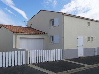 Maison avec garage et vélos -  FR6NTLJ4