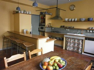 Super Town House in Bourg d'Oisans, Spacious & Bike Friendly with Garage & WiFi
