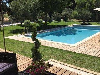 Villa tout confort avec piscine privee idealement situee au coeur de la Provence