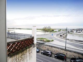 Vue sur Loire et château, appartement de charme, 65m2, 6/8 pers