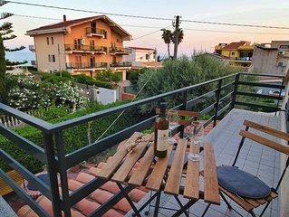 (Villa) Appartamento Superiore Con  Vista Mare
