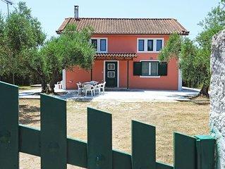 Nisos - 3 bedroom split level  country house
