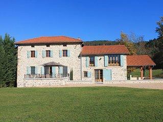 Maison de Serville, au bord de la Loire