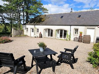 Tranquil rural location yet less than a mile from the sea...