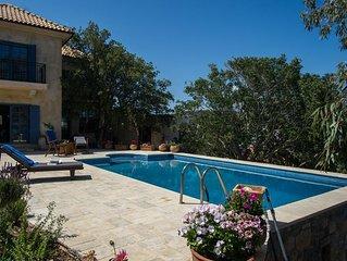Villa avec piscine privée formidable vue  sur la mer - Elegant Med Villa