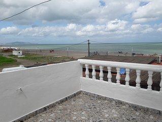 Belle petite maison à deux pas de la mer située à Amsa