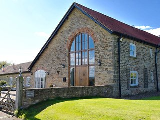 Enormous barn conversion, perfect for 12, set in stunning countryside