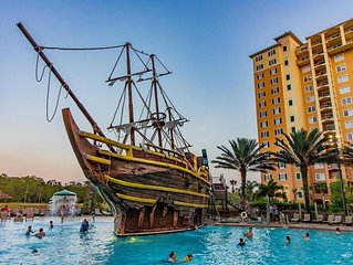 5 Minutes Disney / 1 Mile Walmart & Outlet Mall / Pirate Pool / Up To 7 ppl
