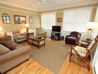 Thanksgiving Availability! Charming Oceanside Vacation Home