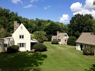Private Carriage House Compound - Walking Distance to Downtown Hot Springs