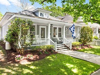 Lovely 2-bedroom cottage in charming waterfront Beaufort, NC