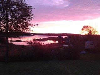 Sambro Charming 2 Bedroom Oceanfront House - Stunning Views! Beautiful Sunsets
