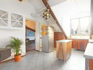 Central Elegant 150sqm apt + 2 bathrooms + Garage