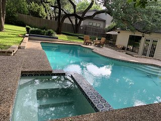 4/3 Lux Home w/pool  3mils toDwntwn,  SXSW, walk to ACL/Zilker Park *LOCATION*