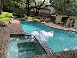 4/3 Lux Home w/pool  3mils toDwntwn,  SXSW, walk to ACL/Zilker Park *LOCATION*
