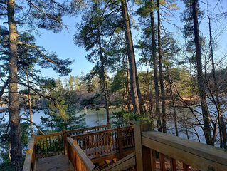 Large Lakefront Home On Private Point, Lake Nottely