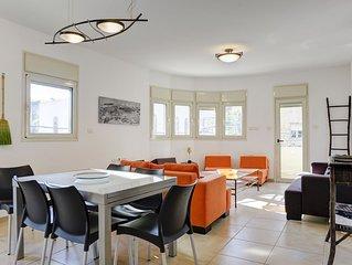 Family 3 Bedroom Apartment (Shenkin/Rothschild)