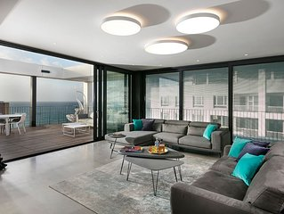 New Seaside Luxury Apartment in Boutique Hotel