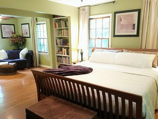 Stretch out & relax! Wooded Milton home luxury apt 1900 sf w/2 Executive suites