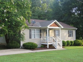 The Autry House, 3B/2B Furnished Monthly Rental in Historic Norcross