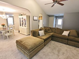 Cozy Home Close to Everything! 1 Mile from Mizzou!
