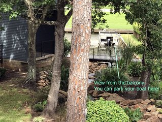 Beautiful 2 bedroom condo in Walden on Lake Conroe. Check it OUT!!!