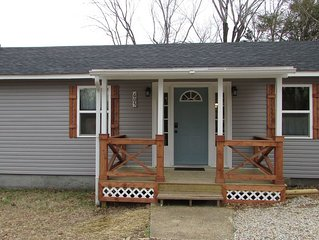 River Time cottage near Current river & hiking, fishing, canoeing Van Buren MO