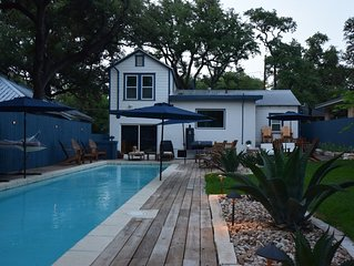 Large Pool & Backyard in the Heart of South Austin