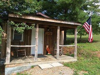 Fox Den 1st Choice Cabin Rentals Hocking Hills Ohio 2 person Cabin