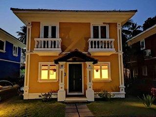 Bollywood Villa // Masti ki Paathshala
