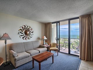 Beautiful Oceanfront Suite w/ Great View + Official On-Site Rental Privileges