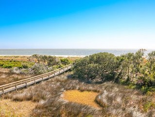 If you are looking for the perfect oceanfront panoramic view look no further,