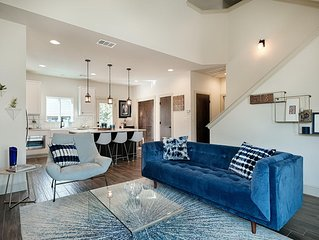 Beautiful Modern 3BR/3Bath Home in nestled in Historic District