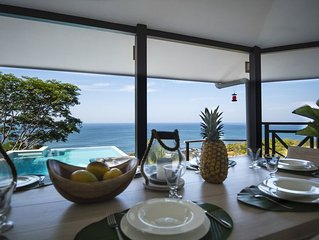 Spectacular new luxurious house with breathtaking views over the Pacific Ocean.