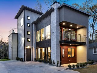 New Modern Home near Atlantic Station with Balcony and Rooftop Deck