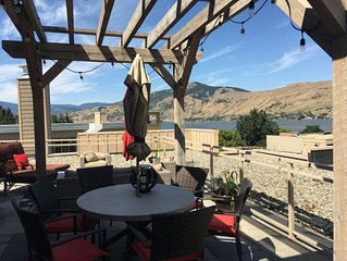 Welcome Home to the Strand Lakefront Resort in Vernon  Roof top patio lake views