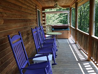 Quiet Log Cabin on 54 acres to explore, fire pit available, creek frontage