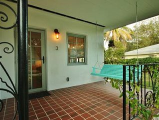 Romantic Retreat- private & spacious studio apartment in Miami s Upper East Side