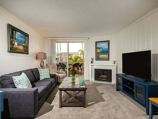 Beautiful Newly Remodeled Condo With Rooftop Deck And Ocean Views