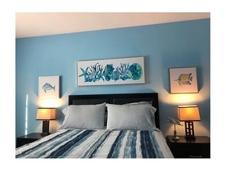 Beautiful 4 bedroom Monterey Condo located blocks from everything