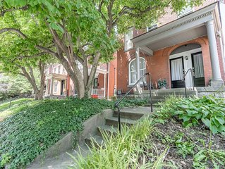 ★ Victorian Louisville ★ Large 1200 sqft APT #1