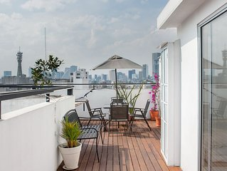 Penthouse in Centro Historico with 2 Bedroom/2 Bathroom & Private Terrace