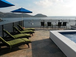 Penthouse with amazing views of the bay & city with large private dipping pool