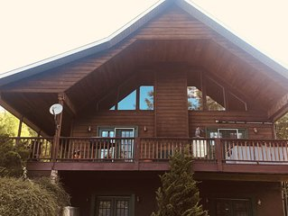 Large Private Cabin w/Hot Tub, 2 Fireplaces, Pool Table, WIFI, Mountain Views