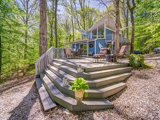Super unique Lake Lanier Lake House  with Double Slip Party deck Dock