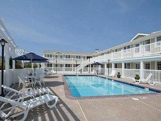 Beautiful Beach Block Renovated Condo w/Pool, minutes from Atlantic City!