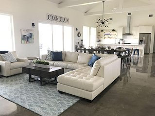 Beautiful industrial farmhouse in Concan, Texas just minutes away from the Fr