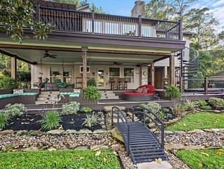 BEAUTIFUL NEWLY REMODEL WATERFRONT HOME on Lake Conroe